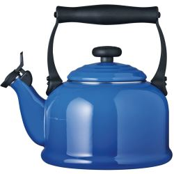 Le Creuset Traditional Fixed Whistle Kettle Marseille